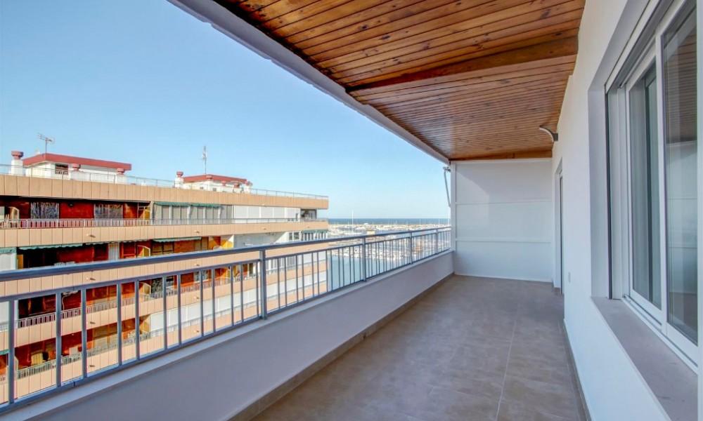 Magnifico apartamento en Torrevieja de 3 dormitorios  con vistas sl mar 199.000€